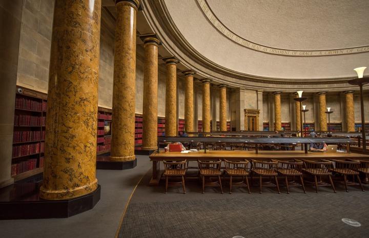 library-1599992_1920.jpg